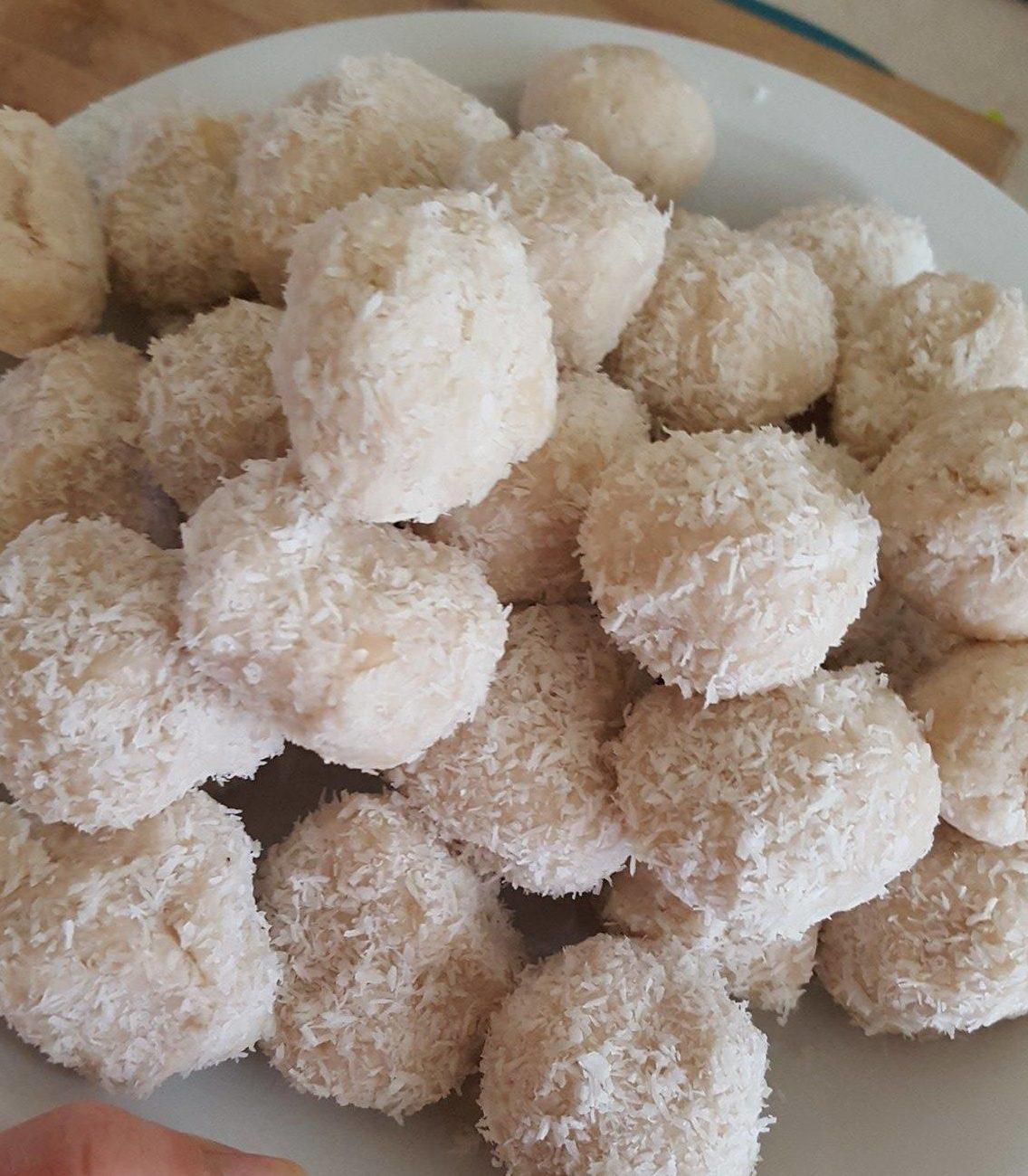 Deser kokosowy – oszukane Rafaello bez cukru, mąki, poczucia winy i pieczenia