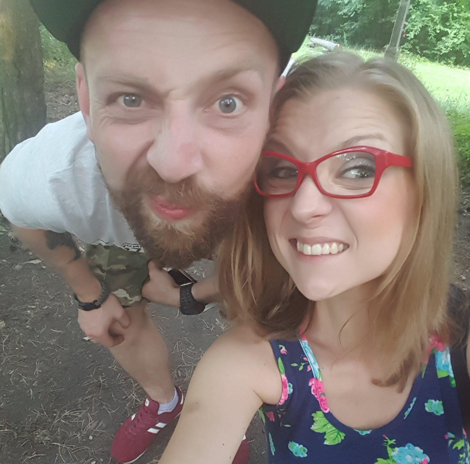 Młode złe małżeństwo – jak to jest być żoną Mariuszka i Radomską symultanicznie. Studium przypadku.